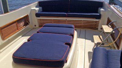 Antoinette_Cockpit_Seating.jpg