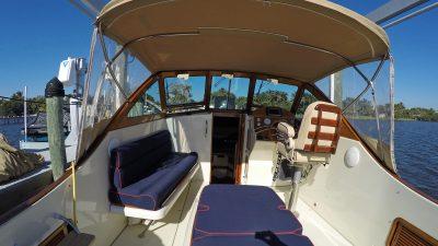 Antoinette_Cockpit_Seating_Looking_Forward_r.jpg